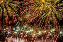 Outdoor fireworks display ideas / Fireworks are a perfect addition to any event! Check out some of these ideas