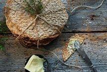Hårt tunnt bröd