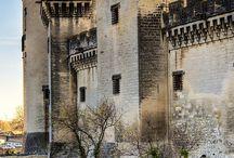 Castillos e iglesias