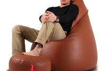 Fun / A Fun babzsák büszkén zsebeli be a dicséreteket: kevesebb helyett foglal, mint a hagyományos bútorok, emellett könnyű, így bármikor bárhová áthelyezheted. Mesterien megtámasztja a hátat és a nyakat, ezért fekve és ülve is rendkívül kényelmes. Fekvéskor felveszi a test alakját, ezért abszolút kedvenc – rendeld meg mielőbb a legkedvesebb színedben!  Meglátod, órákig le fog kötni, ahogy újabb és újabb pozíciókban teszteled a fotel kényelmét!
