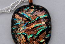 Jewellery / Fused dichroic glass