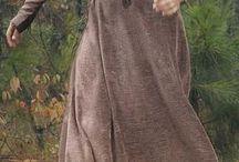 Sigrid Cæcilia Løwenskiold (Edmundsdatter) / Inspiration til Sigrids kostumer til hverdag og fest, både som Sigrid Edmundsdatter og Sigrid Løwenskiold.