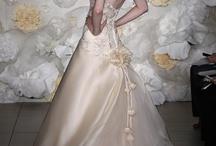 ♥ Wedding Dresses!  / Wedding gowns, bridesmaids dresses, after party dresses, the occasional tuxedo.... all attire wedding related!  http://www.pinterest.com/dsbweddingguru/ / by Spokane Wedding Guru Consulting