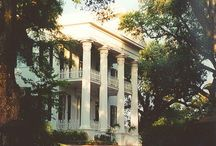 Plantation and Historic Southern Homes / by Jeanne Lange