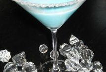 Drink Recipes & Ideas / by Deanna Fontanez