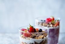 Food pic  - yogurt&granola