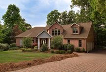 133 Old Timber Lane / For Sale-Custom built waterfront home w/ amazing views of Lake Norman and paver driveway leading to the three car garage. Located in quiet cul-de-sac near community amenities. Enjoy the day on your own sandy beach or the lake. Then relax on the open porch with gorgeous sunset views. Prepare meals in the spacious kitchen with granite countertops and lots of light. Formal dining room designed for lavish entertaining. Great room's soaring ceiling emphasizes spaciousness and lake views. 1yr Warranty