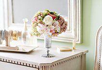 Floral Arrangements / Flowers and Decor