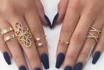 Anda Ngwendu / Nails