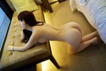 Cuty Buttocks & Doggy style