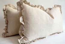 PILLOWS IN NATURAL