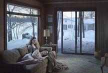 [MISE EN SCENE] Gregory Crewdson / Photographe américain attaché à l'envers du rêve américain en créant des scènes sur les foyers et les quartiers typique des USA