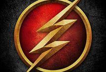 The Flash / Se houver algum pin sem seus devidos direitos autorais, avise !!! Irei altera los sem problemas ! Esses pins foram baixados e recolocados posteriormente em pastas