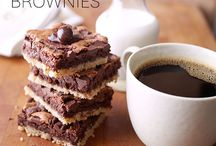 Delicious Desserts / Satisfy your sweet tooth with these irresistible desserts!