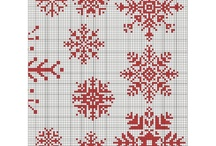 cross stitch snowflacke