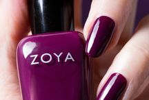 Zoya Tara / The Zoya Tara is a one-coat cream shade with the beautiful color purple plum with a balanced tone between purple and red.