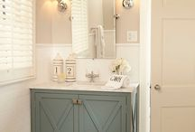 Powder Room / by Amanda Arnett