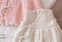 Bebé vestido de punto