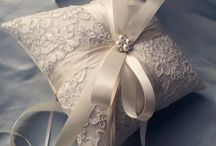 wedding  pillows / wedding  pillows