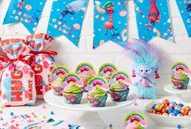 Troll birthday decoration
