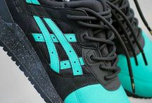 Lace Swap Ideas - Inspiration - Sizing Help / All about shoelace swaps for sneakerheads.