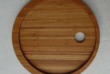 Ontbijt-op-bed-bord / Het ontbijt-op-bed-bord is een bord met een geïntegreerd eierdopje.