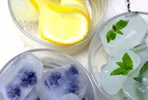 DIY ice cubes project / All over the internet we can find amazing ideas how to use ice cubes. Ice cube can be fun, beautiful and interesting if you make time to implement these DIY projects.