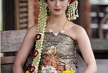 Asian Islands / Traditional costume from : Taiwan, Java, Philippines, Malaysia, Indonesia & Sri Lanka