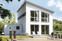 Singlehäuser & Paarhäuser / Kern-Haus bietet smarte Konzepte für das Bauen alleine oder zu zweit. Häuser für Singles und Paare sind die zukunftsweisende Alternative zur Eigentumswohnung: freistehend und individuell!
