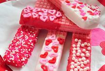 Holidays - Valentine's Day Crafts & Ideas