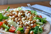 Healthy Eats / by Cristina Hallock