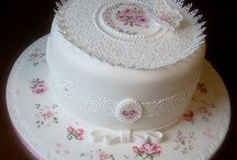 ♢ ROYAL ICING CAKE ♢ / by Gisell
