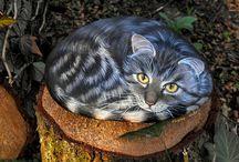 Cat Rock Painting