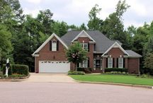 Apex NC - Abbington - Find Apex Luxury Neighborhoods / Call 919-578-3111 for more information and for a free relocation guide.