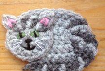Crocheted appliqué
