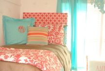 Love It! / Coral and Mint Bedroom