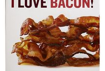 I LOVE bacon / by Hollie Granger