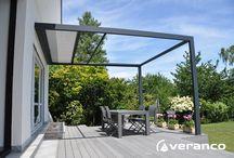 """Pergola protection solaire """"COCOON"""" / COCOON est une pergola à structure aluminium VERANCO avec une PROTECTION SOLAIRE INTÉGRÉE assurée par un store screen. Produit durable, esthétique, aux finitions particulièrement soignées, COCOON permet de créer un espace sur terrasse contribuant à profiter pleinement de l'extérieur en bénéficiant de la zone d'ombre nécessaire au meilleur confort en été."""
