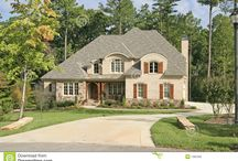 Home exteriors / by Shannon Saxton