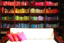 Spectacular Bookshelves! / We love these bookshelves - they make us want to curl up with our favourite book!