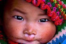 Bebés del mundo / Descubre las diferentes culturas que nos rodean a través de sus bebés.