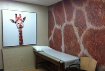 Pediatric Office Decor / Wall murals are the perfect tool for creating a child-friendly environment. With thousands of images to choose from, it's easy to find something that will transform a blank wall into one that kids love. When kids feel comfortable and have colorful art as a distraction, professionals can do what they do best.