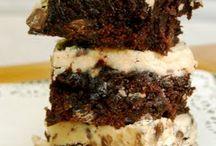 Desserts / by Nancy Hayes