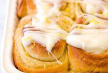 Sticky lemon rolls