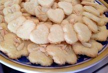 Biscotti al cocco e mandorle / biscotti di frolla al cocco con farina di riso e farina di mandorle