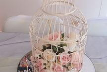 BIRDS CAGE TABLE SETTINGS