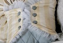 Отделка пастельного белья