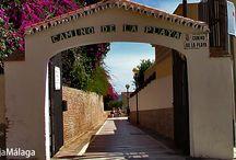 Camino de la playa de El Bajondillo, Torremolinos, Málaga. / Un mirador improvisado, con las mejores vistas a la playa. Siéntate y respira el aire puro. ¡Un momento de relax! Para ver más información del l