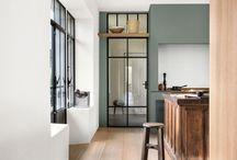 Estilo Minimalista - Bruguer / El estilo minimalista se basa en introducir el menor número posible de elementos para decorar una estancia. Es adecuado para personas que les gusta la tranquilidad y la simplicidad.