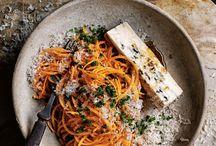 Pasta / pasta, spaghetti, spagetti, macaroni, fettucine, ravioli, makaroni, penne